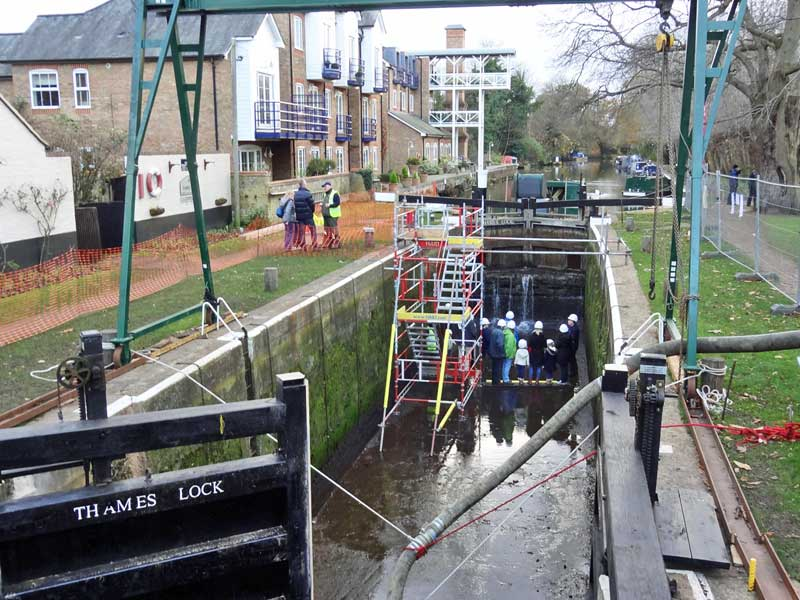 thames-lock-tour-web-800
